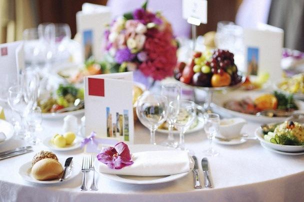 Id es et conseils de menu pour un repas de communion ou de for Idee d entree pour un repas