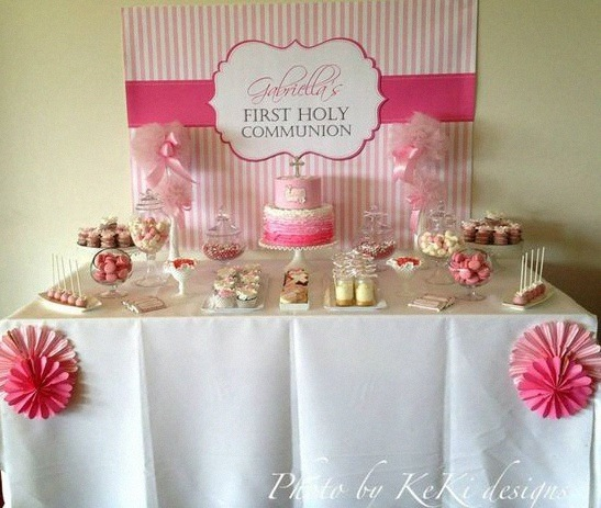 7 th mes pour une communion ou une confirmation moderne - Decoration de table pour communion fille ...