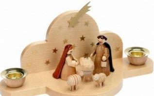 Joli cadeau de communion : une crèche de Noël en bois