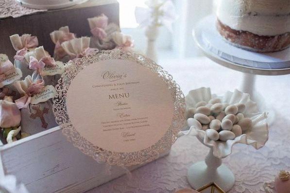 décoration première communion sweet table